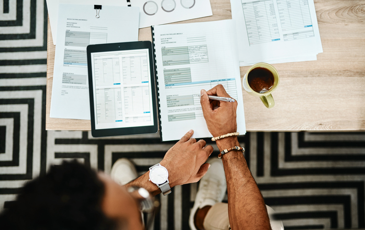 individual creating retirement plan